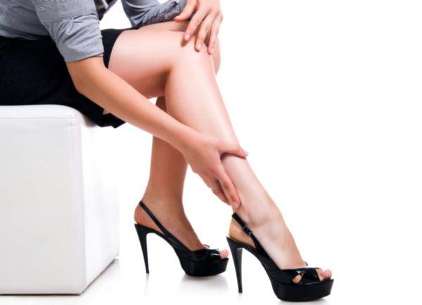 Topuklu Ayakkabıların Zararları